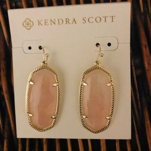Kendra Scott Jewelry - Kendra Scott Elle Earrings Gold/Rose Quartz